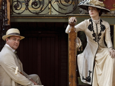Dressing Downton